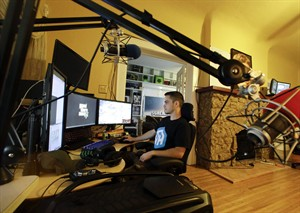 Playing video games for money? 3 guys make career out of
