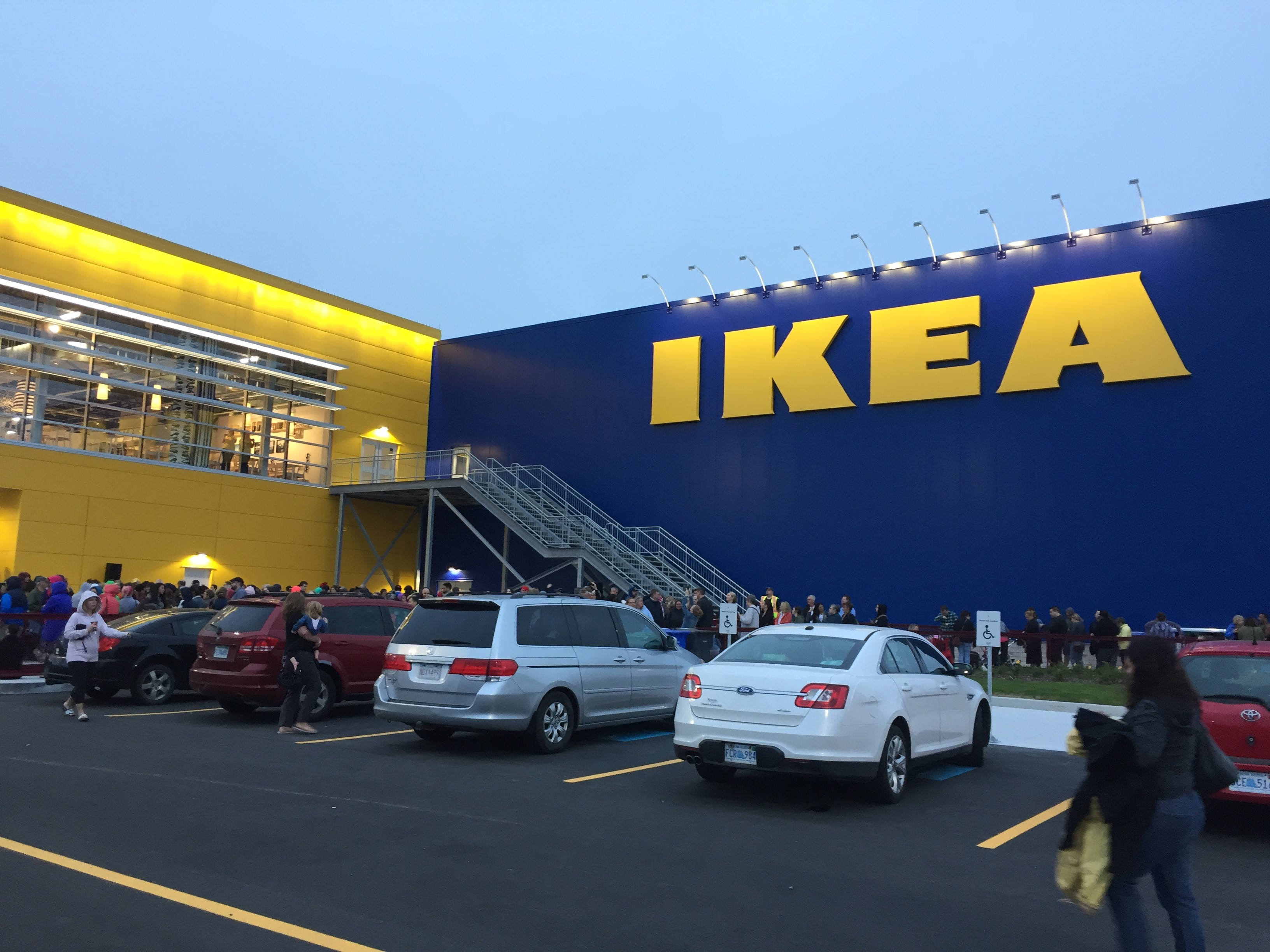 thousands line up in dartmouth as ikea opens first of 12 new canadian stores