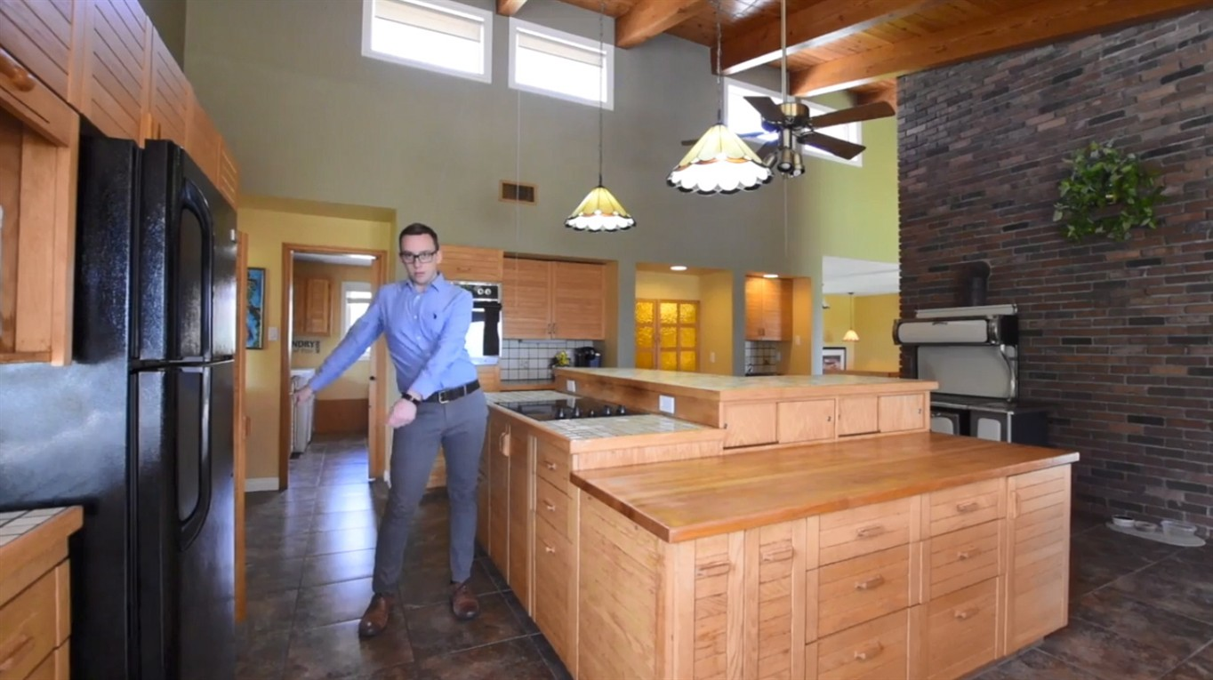 Another song and dance: Moncton realtoru0027s sales video gains traction online