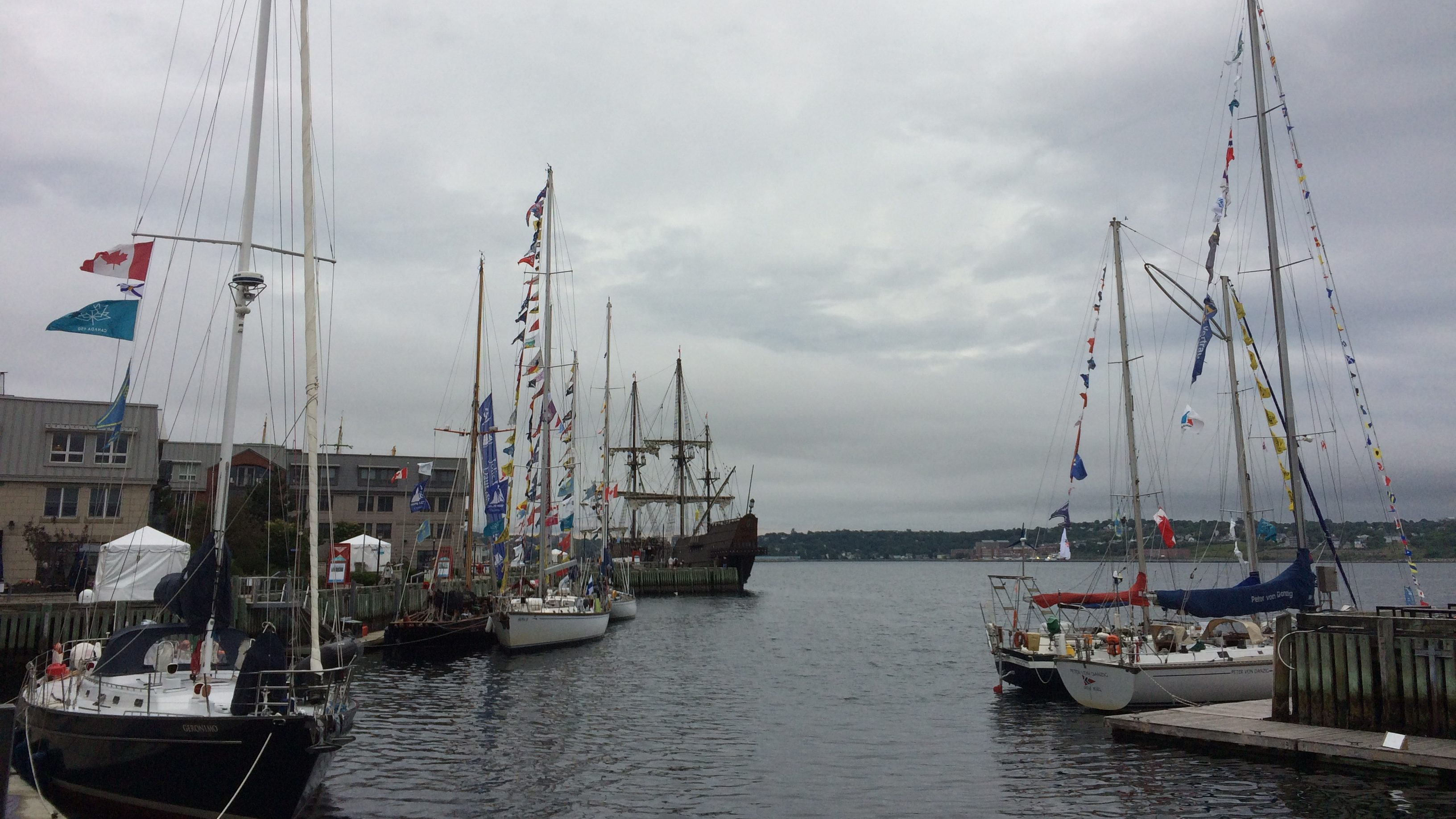 tall ships docked in halifax harbour for the rendez vous. Black Bedroom Furniture Sets. Home Design Ideas